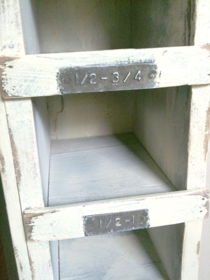 Skinny shelves