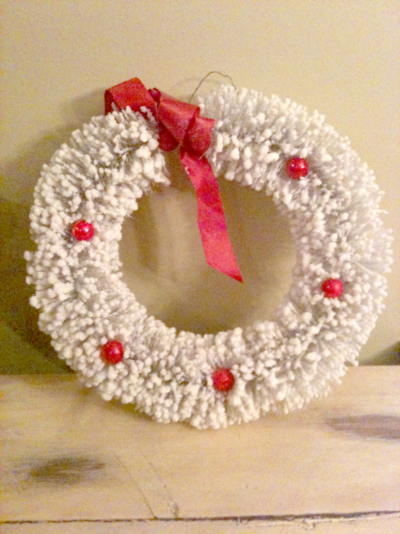 White wreath11