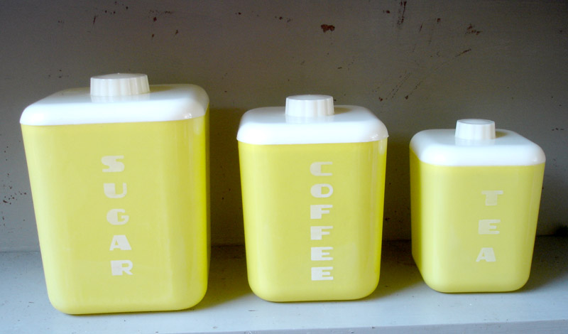 Yellow canister3