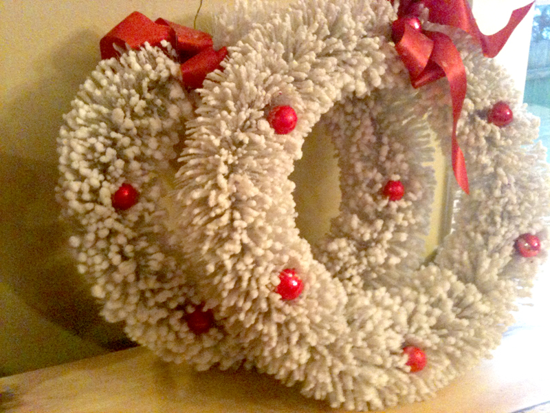White wreath9
