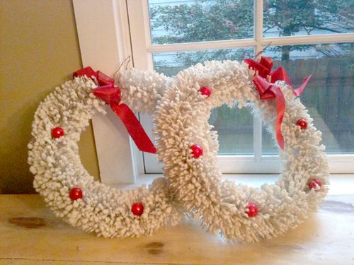 White wreath2