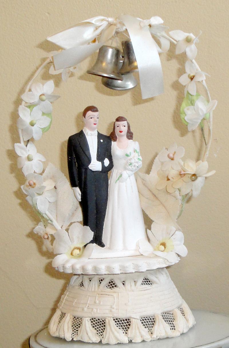 Vintage Wedding Cake Toppers - Vintage Junk in My Trunk