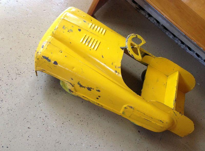 IMG_5141 pedal car